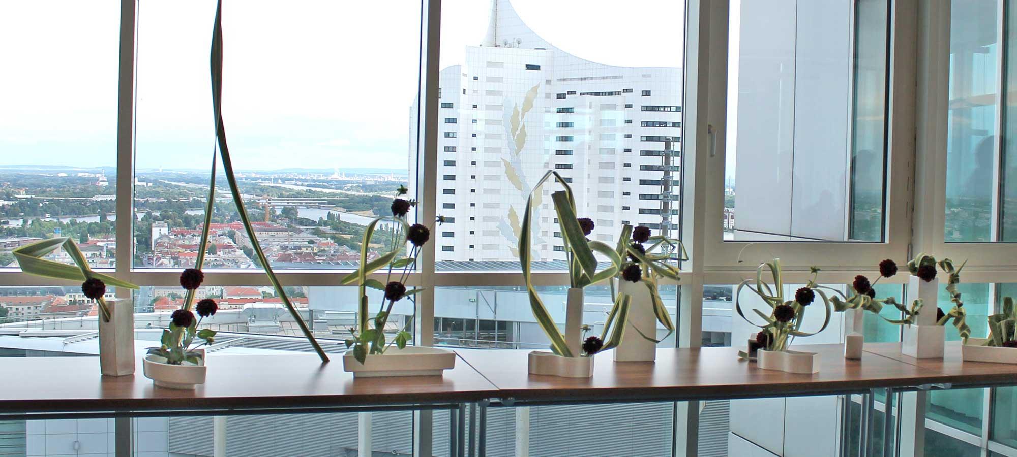 Ikebana-International Vienna im Andromeda-Tower