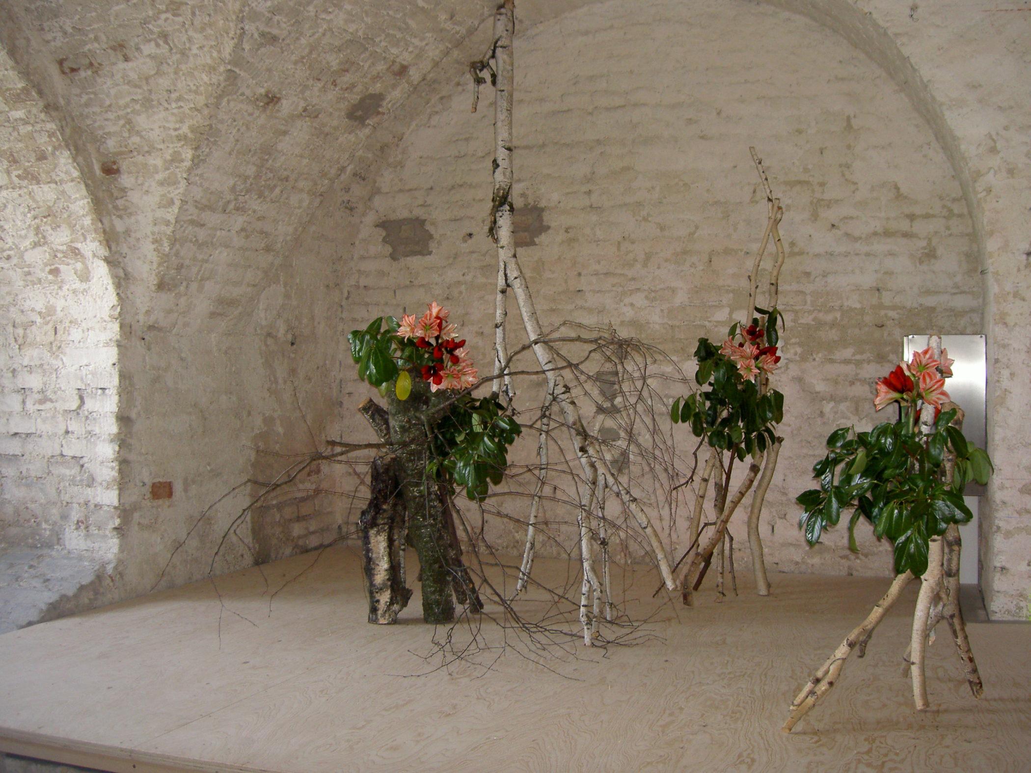 Ikebana-International Vienna Ausstellung im Schloss Neugebäude