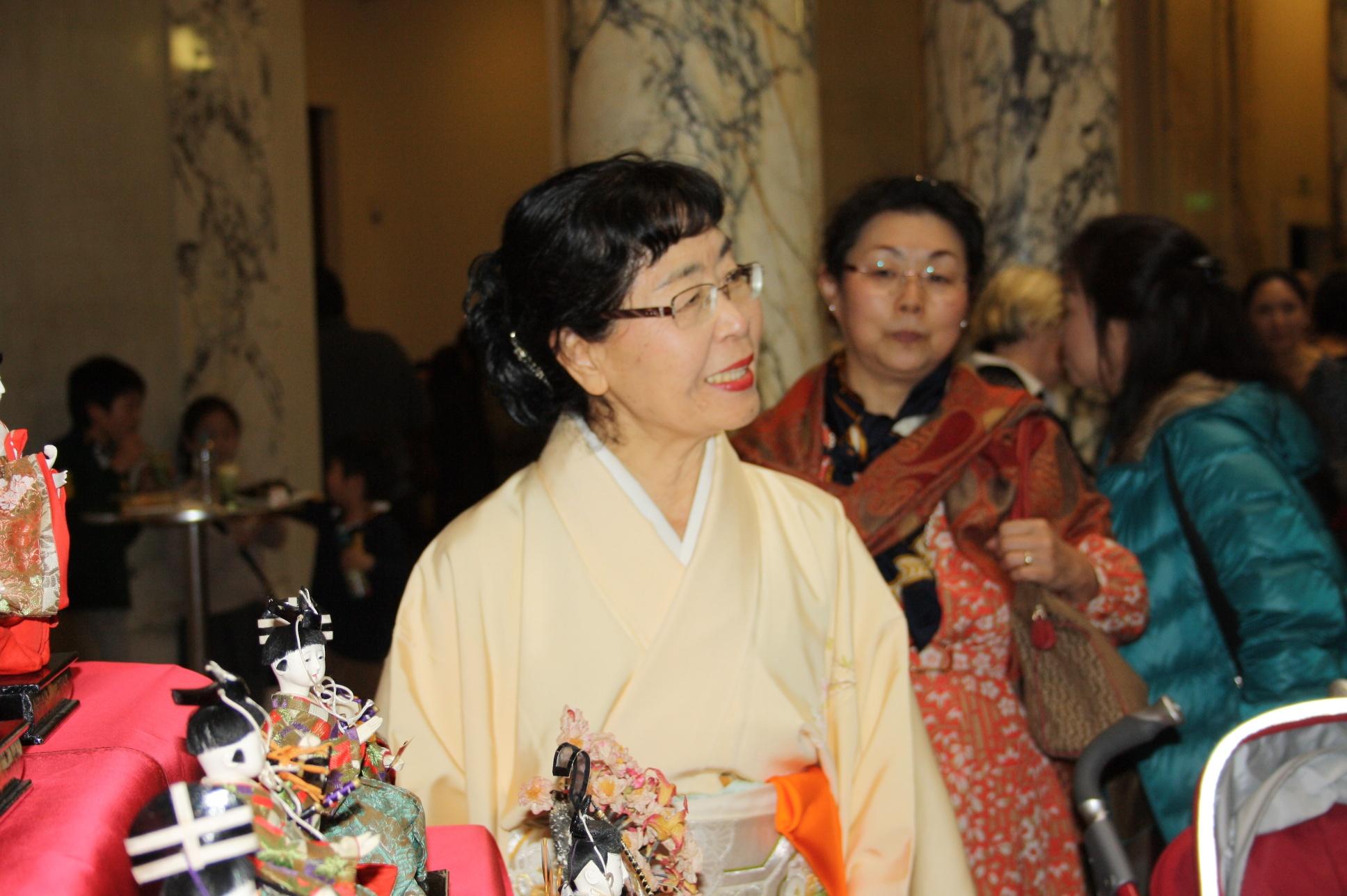 Ikebana-International Vienna beim Puppenfest